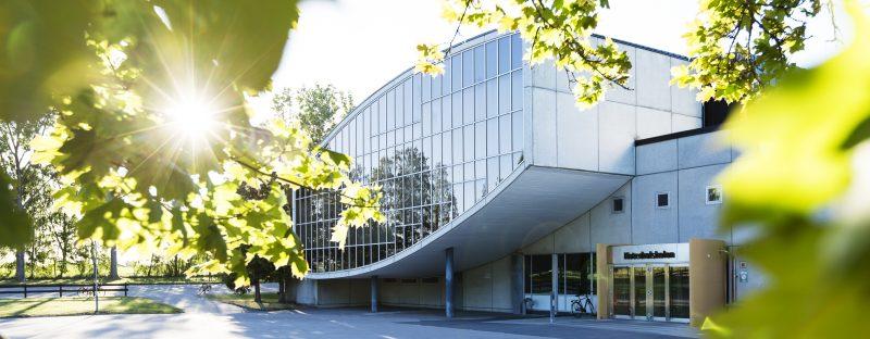 bild på en byggnad, Katedralskolan.