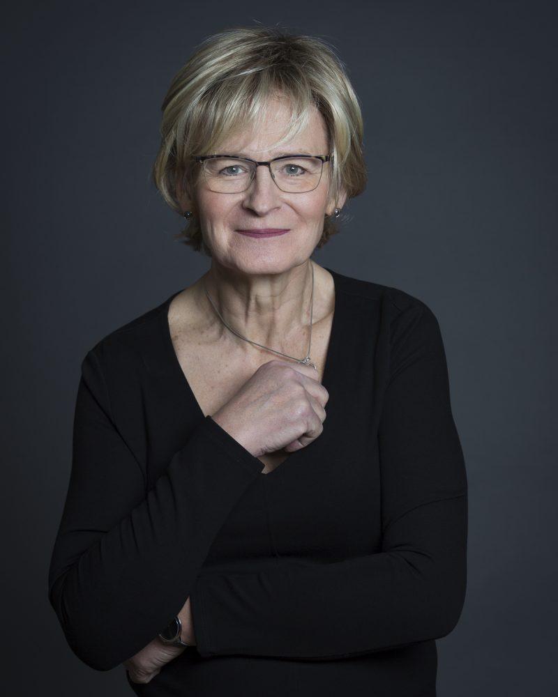 Bild på en kvinna. Transperson Ann-Christin Ruuth.